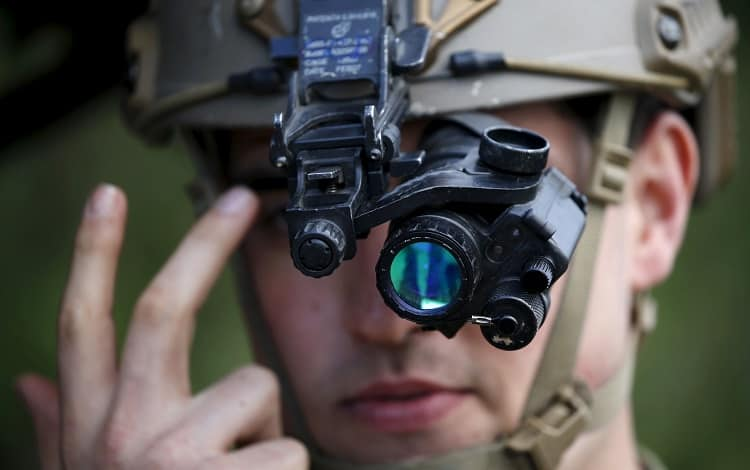 night vision goggles features