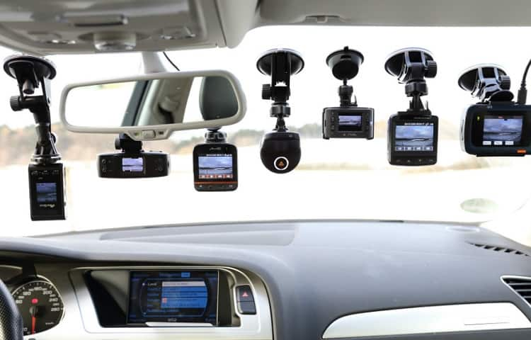 dash cams on front windshield